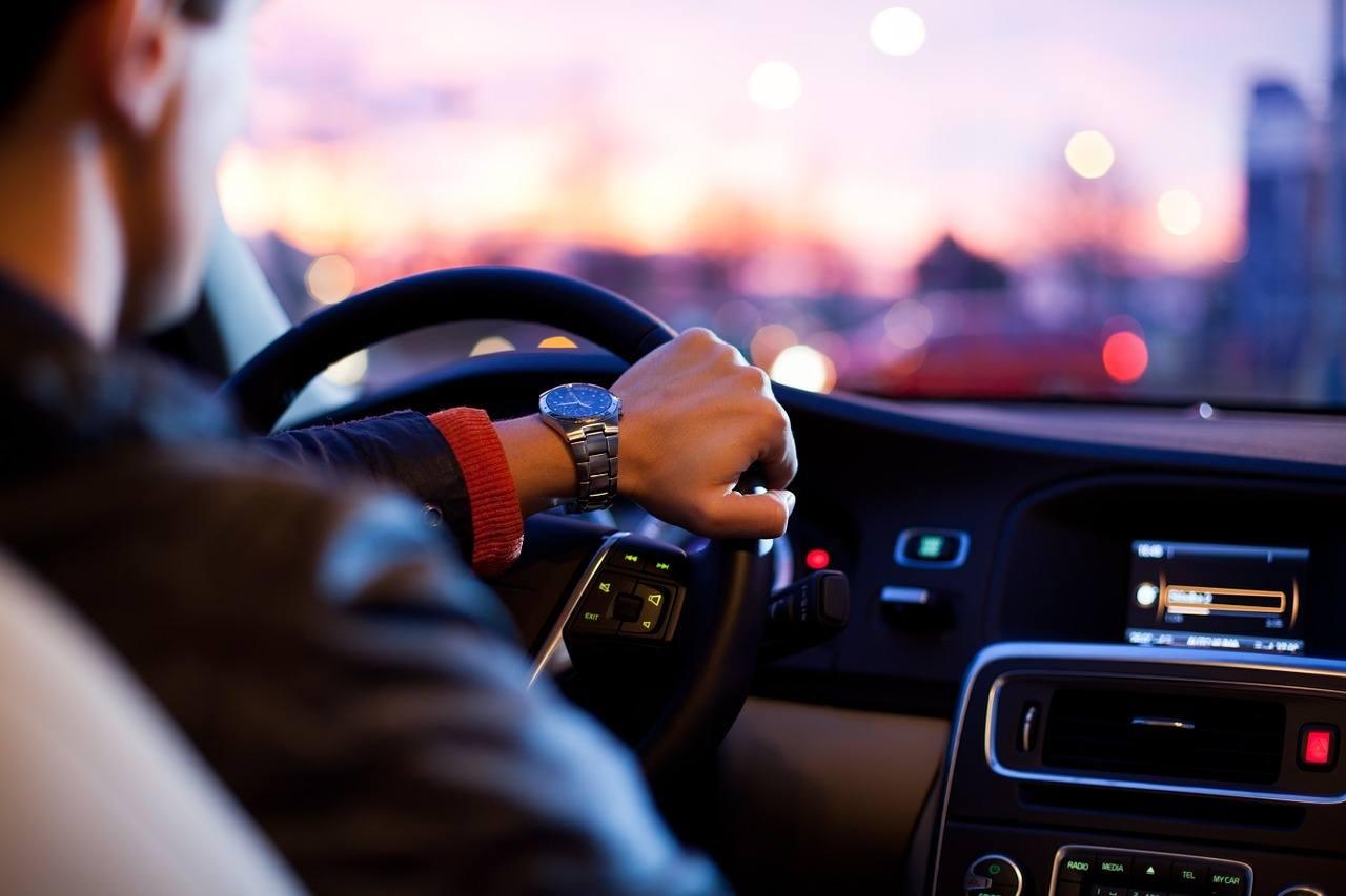 Renting o comprar un coche, ¿qué es más barato?