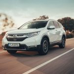 Qué es un coche híbrido: qué ventajas tiene y cuánto dinero ahorras